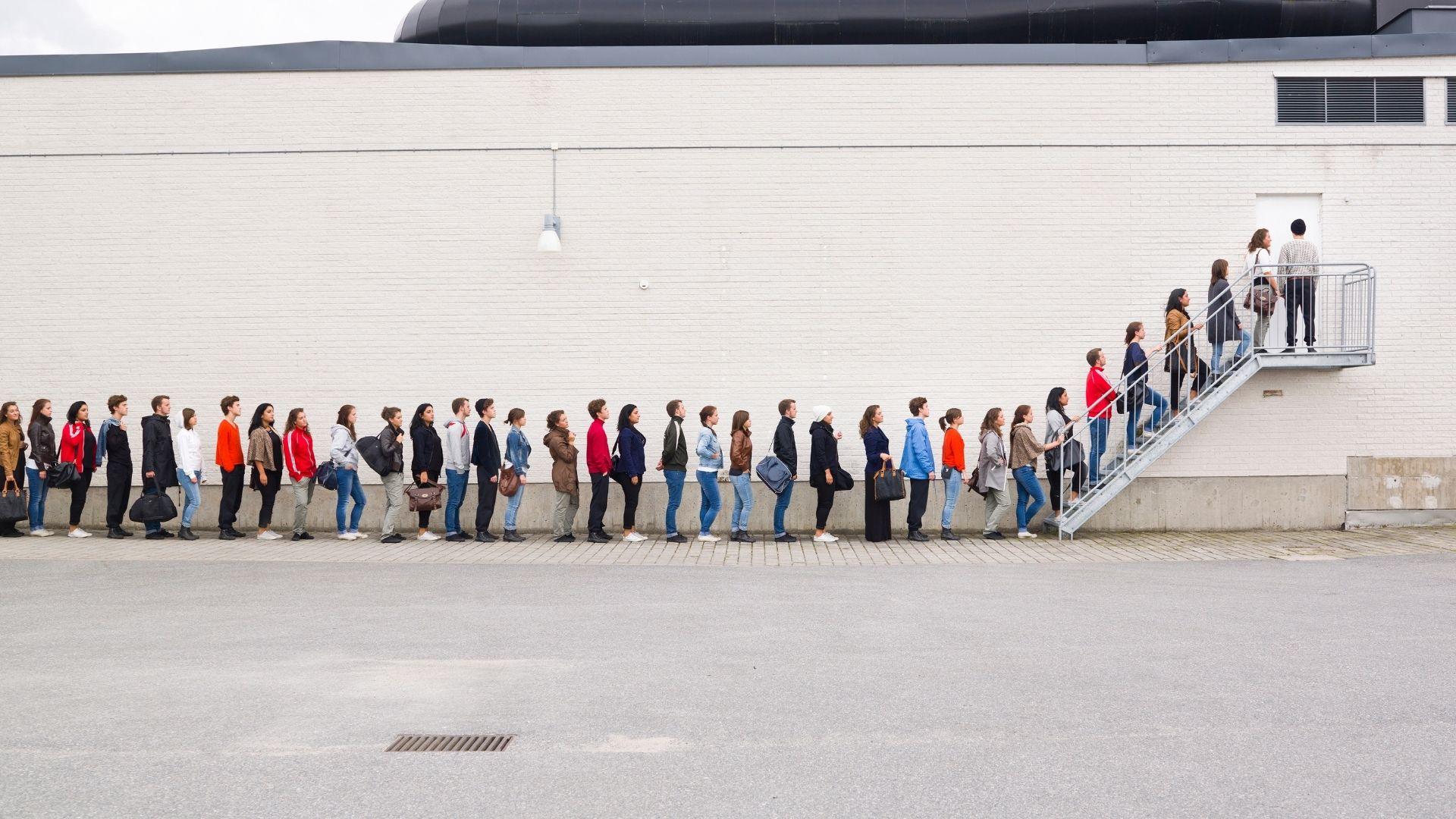 Column Reinier van de Vrie: Waarom wachten?